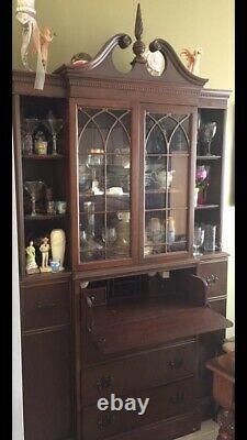 Antique drop front secretary desk/cabinet good condition
