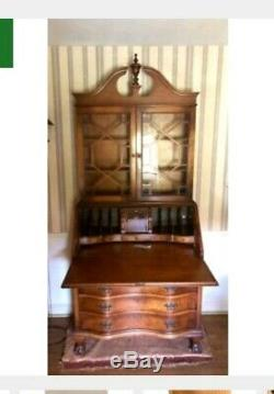 GORGEOUS CHIPPENDALE STYLE TIGER MAPLE SECRETARY DESK, Glass Cabinet, 4 DRAWER. 84