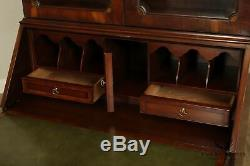 Hekman Copley Place Chippendale Style Mahogany Inlaid Secretary Desk