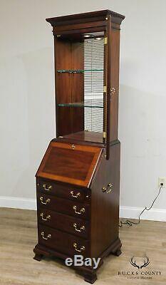 Henkel Harris Narrow 24 Wide Mahogany Chippendale Slant Front Secretory Desk