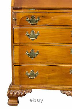 SWC-Chippendale Mahogany Slant-Lid Desk with a Blocked Serpentine Front