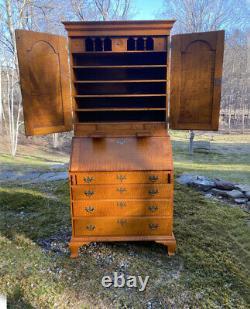 Vintage Eldred Wheeler 2 piece tiger maple secretary desk country Chippendale