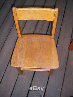 Vtg Nice Sturdy Collector's Roll Top Kids Desk/chair Mission Medium Oak Decor